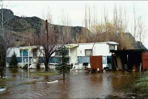 2003 flooding around a trailer home.